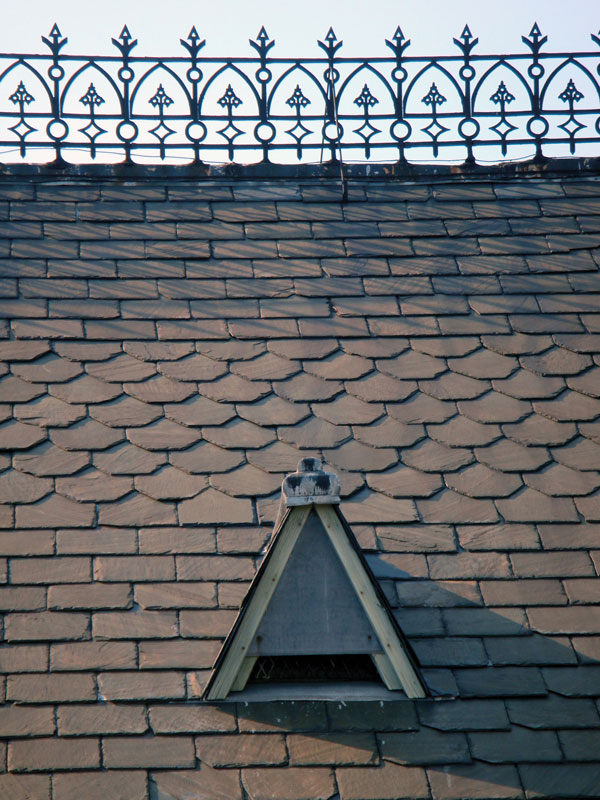 How To Identify Your Roof Slate - Buckingham Virginia slate roof.