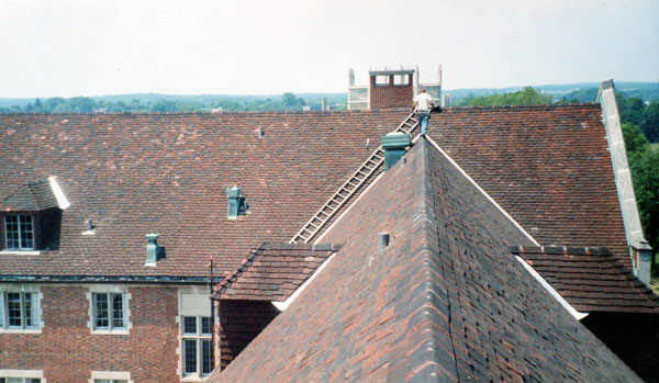 Slate Roof Central - Tile roof repair